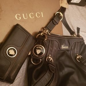 GUCCI Crest Boule Shoulder Bag